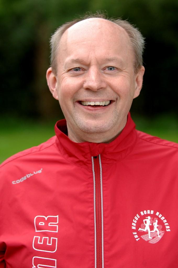 Trainer Frans Perdijk voor de marathon trainingen