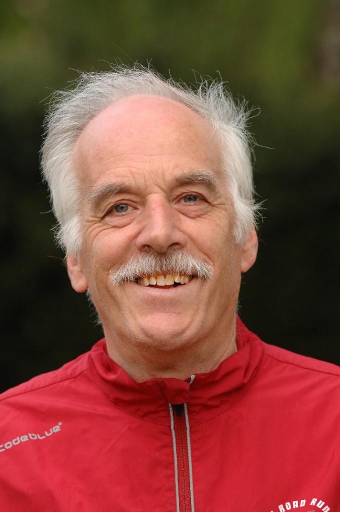 Trainer Izaak Luteijn en tevens wedstrijd secrataris