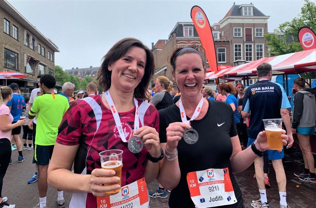 Mirja en Judith in Leiden